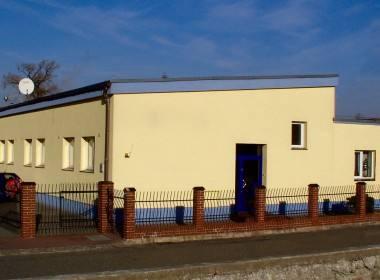 Budynek firmy wykadrowany (1)